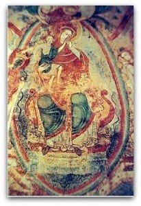 Vierge à l'enfant dans sa gloire à Montmorillon(Vienne)