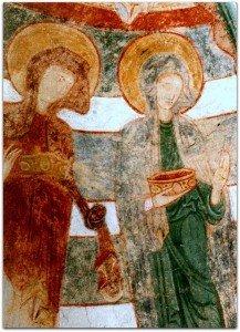 Détail des deux saintes femmes tenant des couronnes accompagnant Ste Catherine